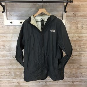 The North Face Men's lightweight jacket dark gray